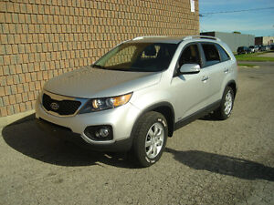 2011 KIA SORENTO LX..AWD..SAFETIED & E-TESTED London Ontario image 1