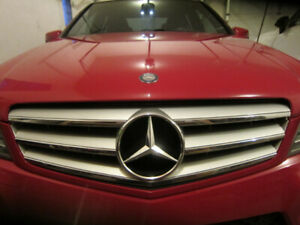 2013 MERCEDES BENZ C300 *** AWD***ONLY 74K!***CLEAN**