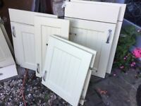 QUALITY SHAKER STYLE KITCHEN CABINET DOORS WITH HANDLES AND DRAWER FRONTS