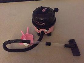 Hetty Hoover kids toy
