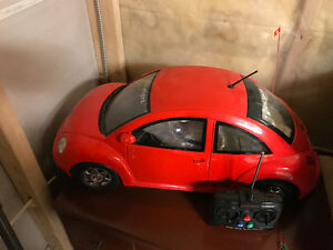 VW Beetle with Remote - RED