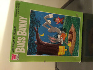 Bugs Bunny vintage puzzle 1963 , rare collectible.