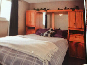 Queen bed wall unit/mirror