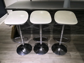 White & silver bar stools X 3