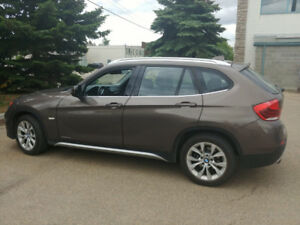 2012 BMW X1 very clean