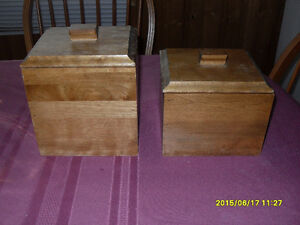2pc wooden canister set (Like new)