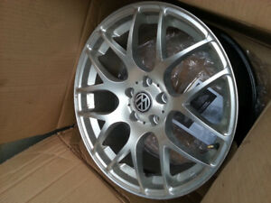 Four 18X8.5 JJ ALLOY RIMS FOR SELL