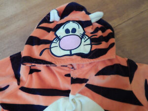 warm tigger baby costume size 6 months