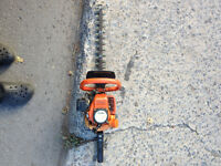 Small, light, reliable Tanaka 23cc 18 inch cut hedge trimmer