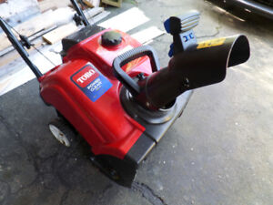 Toro Single Stage 4-cycle snowblower