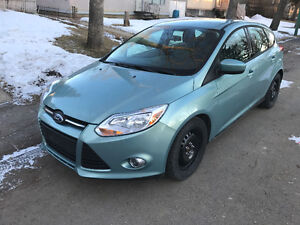 2012 Ford Focus SE LOW KM