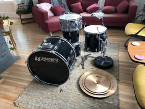 Drum Kit - 5 Piece Westbury and Sabian B8 Cymbals