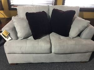 ASHLEY FURNITURE ZIA LOVE SEAT ONLY BRAND NEW $299