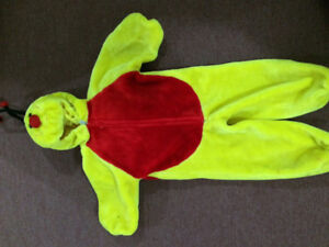 Kids Halloween costumes please call 5395573