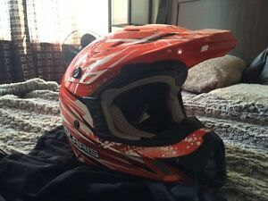 POLARIS MOTOCROSS HELMET, LARGE Cambridge Kitchener Area image 2