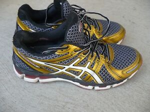 Asics Running NYC 2012 Shoes Size 9.5 mens Like New !!