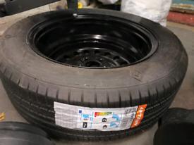 Car wheel 215/60R17