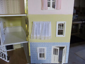 Large Dollhouse for sale Cambridge Kitchener Area image 7