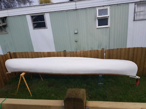 16 foot canoe 2 seater with paddles