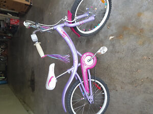 Great condition Boys 20 inch and girls 20 inch bikes