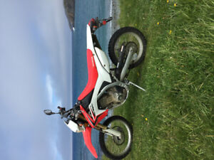 2013 crf 250L REDUCED needs gone