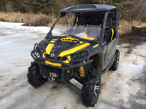 Used 2012 BRP Can -am 1000 xt power steering and tons more for t