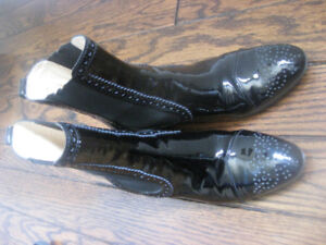 Tod's chelsea boots - sz 7-7.5