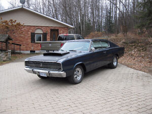 1967 Dodge Charger  440 6 pac