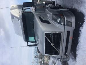 Volvo daycab 430