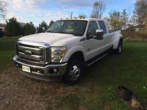 2011 Ford F-350 cuire Camionnette Lariat