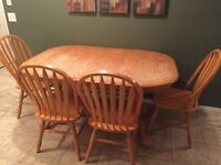 Dining table with 2 x extensions & 6 chairs