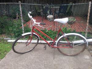 Baycrest XL305 Ladies bike, 3 speed,