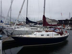 C&C Redwing 30 Sailboat