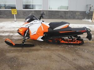 2015 Ski-Doo Renegade Backcountry 137 Rotax-800R-E-TEC E.S