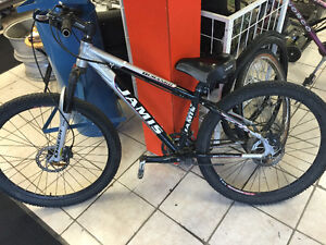 JAMIS DURANGO MOUNTAIN BIKE -KONA-SPECIALIZED