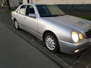 2000 Mercedes-Benz E200K ELEGANCE Automatic Sedan