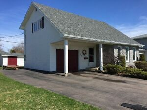 House for sale in Hennessey area