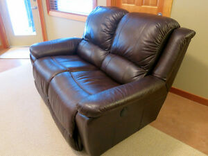 La-z-boy power recliner couch