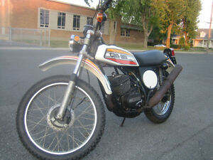 Recherche / Looking motocycles Can-am ou/or  pièces Can-am parts