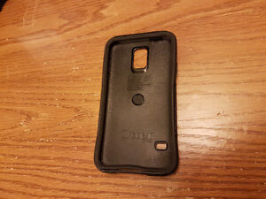 Samsung Galaxy S5 Accessories Otterbox (Commuter) and Wall Charg Peterborough Peterborough Area image 2