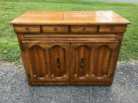 Singer 778 Touch-N-Sew Solid Maple Sewing Cabinet