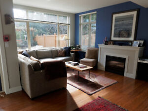 $3000 / 2br - 1490ft2 - Exclusive fully furnished Cook Street Vi