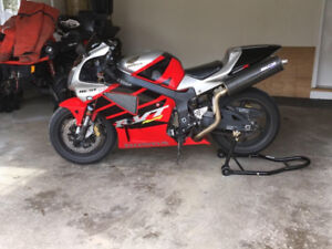 2000 HONDA RC51  SPORT 1000 R   ( WE FINANCE )