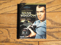 Rear Window - Alfred Hitchcock 2-Disc Special Edition