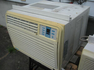 DANBY 12,600 BTU  AIR CONDITIONER  only **$60**