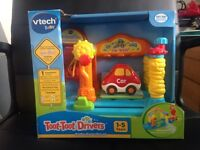 Toot toot drivers service centre play set
