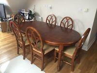 Elegant 4-6 Seater Balmoral Oak Dining Set