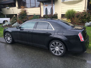 Chrysler 300S 2012 one owner , black with black leather interior
