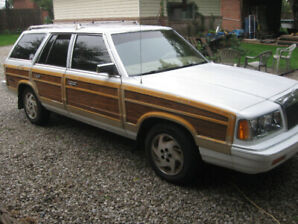 1988 Chrysler Town & Country Wagon