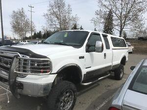 7.3L 2000 Ford F-350 XLT Pickup Truck